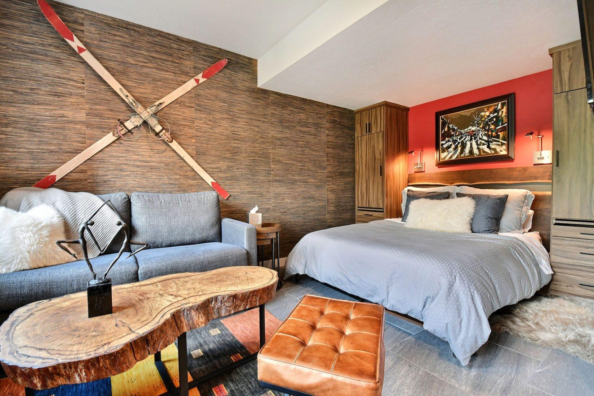 Redhouse Wellness Bedroom